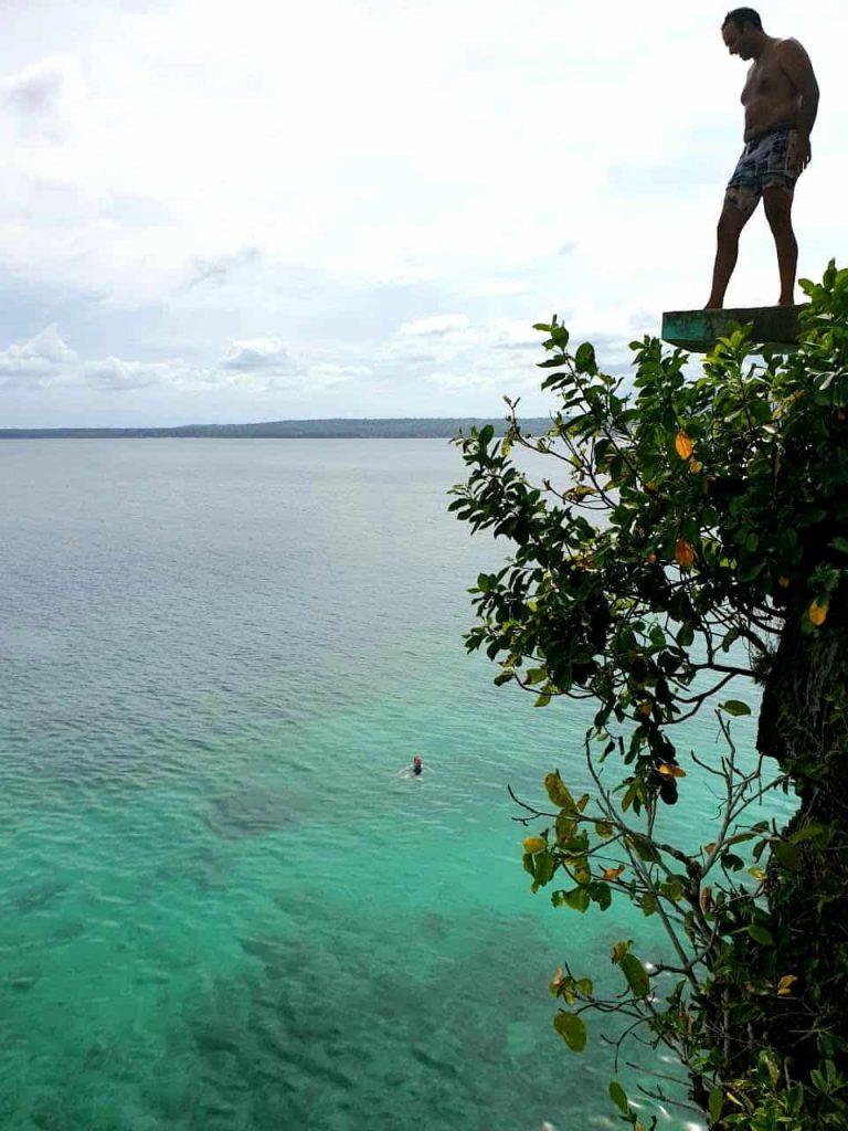 Klippensprung beim Salagdoong Beach