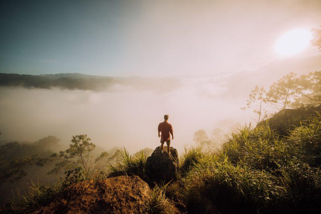 Auf dem Gipfel des Berges über dem Wolkenmeer in Sagada ©Philippine Department of Tourism