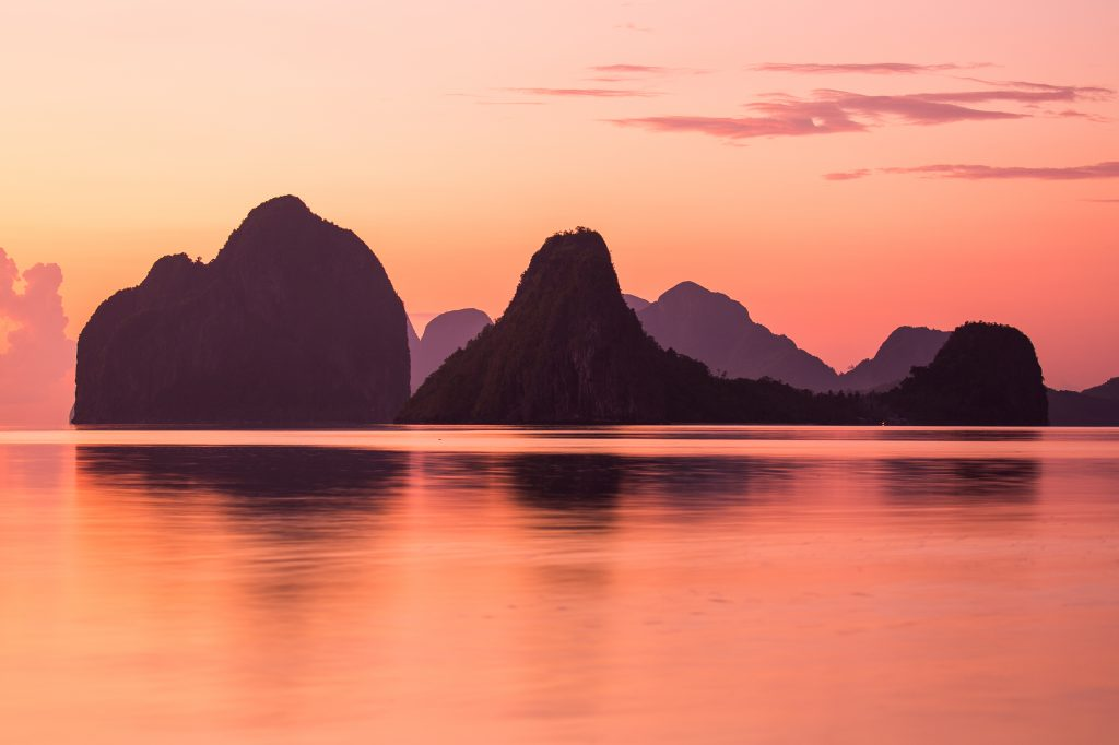 Farbenprächtiger Sonnenuntergang in Palawan - Philippine DOT ©Jacob Riglin