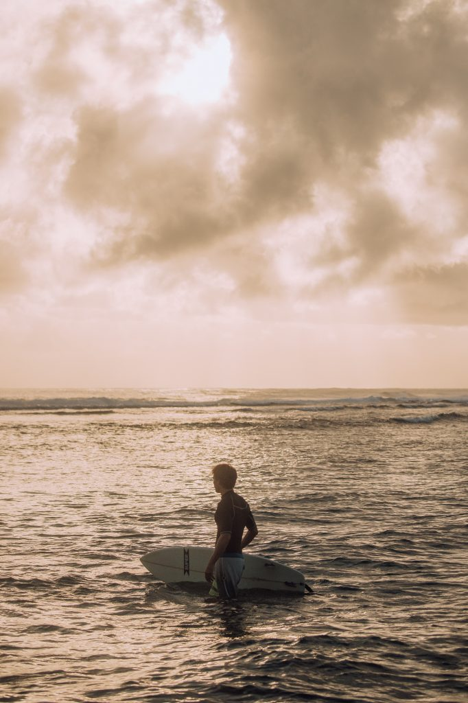 Surfing Siargao ©Philippine Department of Tourism