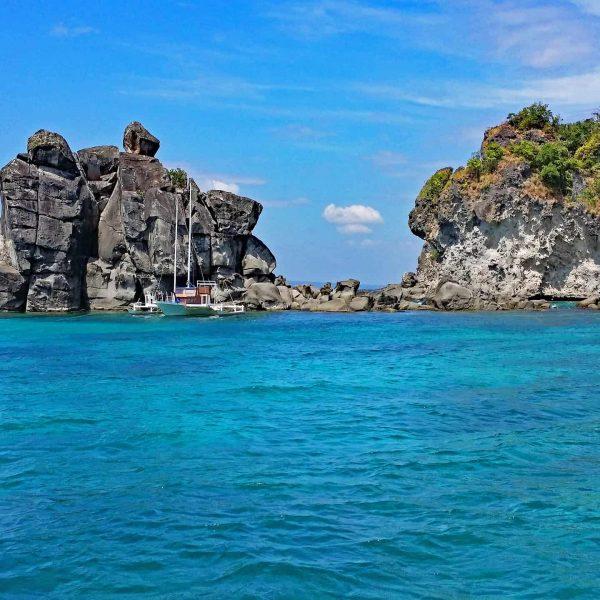 Bucht von Apo Island