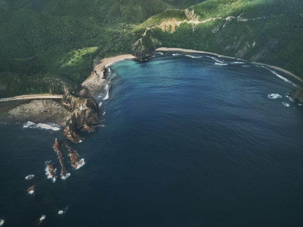 Küste mit Bucht