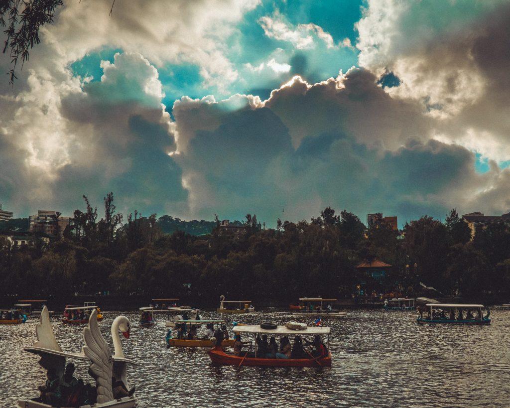 See mit Booten im Burnham Park in Baguio