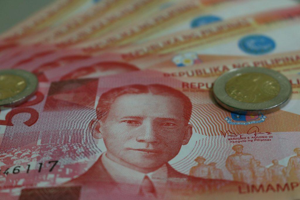 pesos in scheinen und münzen die währung auf den philippinen