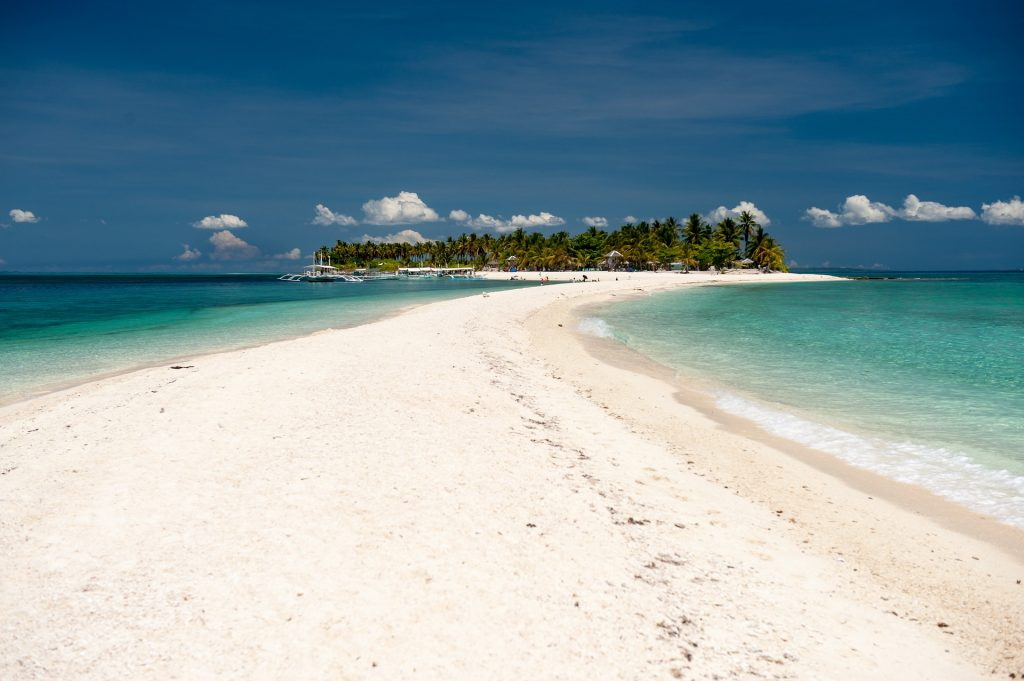 white island lange sandbank Philippinen